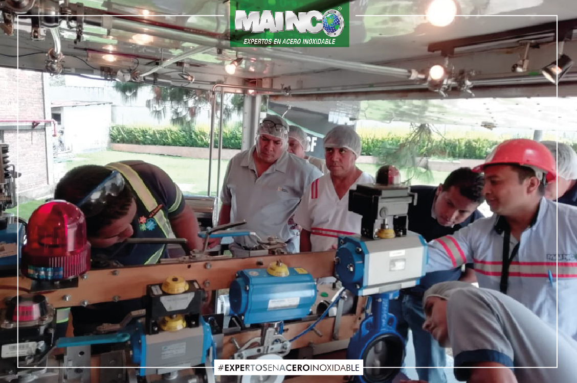 imagen 1 galeria Visita Empresarial Equipo de Galletas Gama