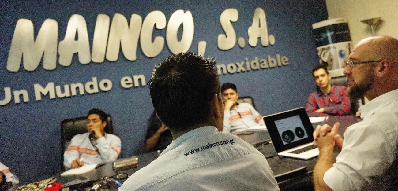 EXPERTOS EN ACERO INOX - Capacitación y especialización en Rhodius.
